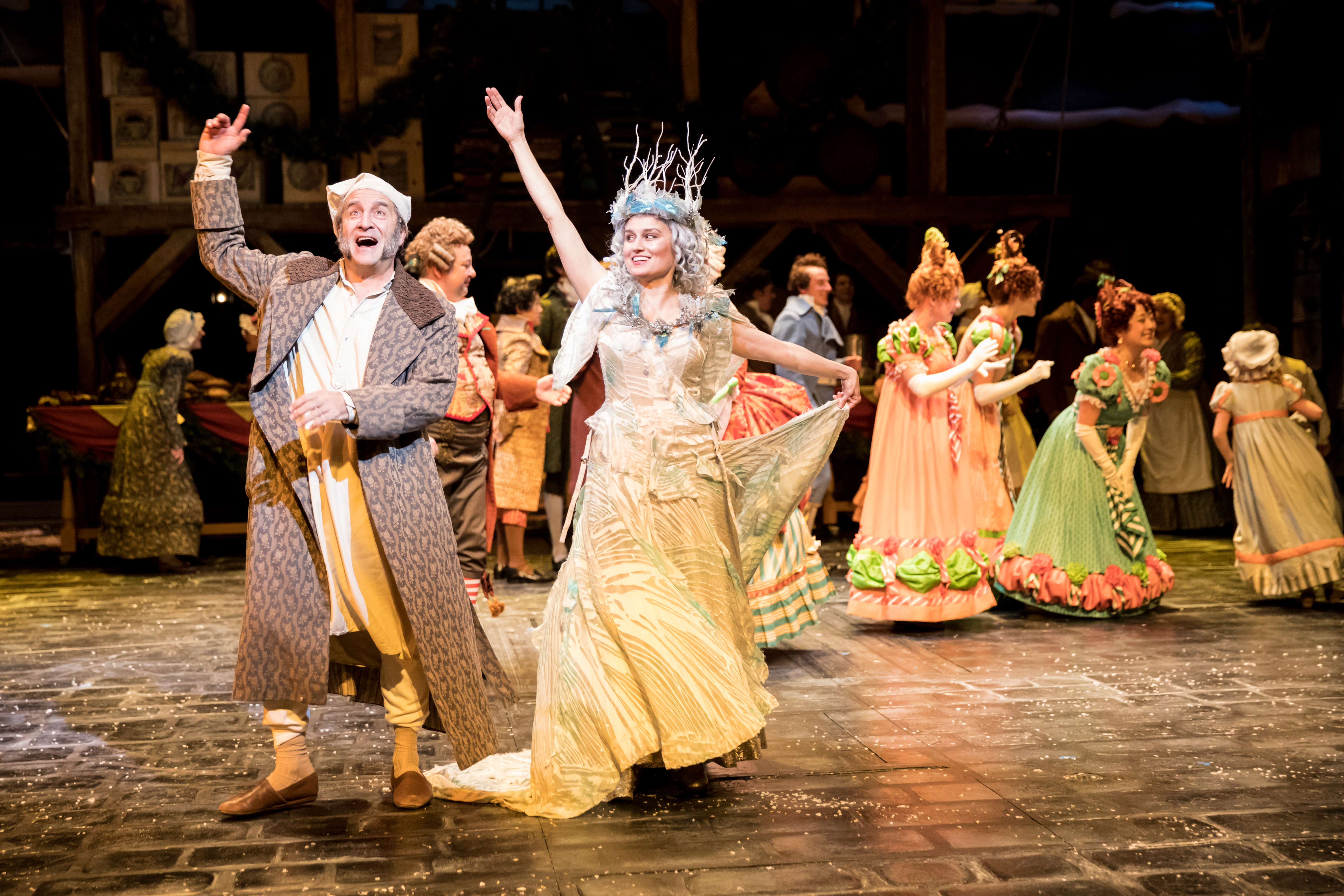 REVIEW: Pleasant, Familiar Sounds in Christmas Carol (Guthrie ...
